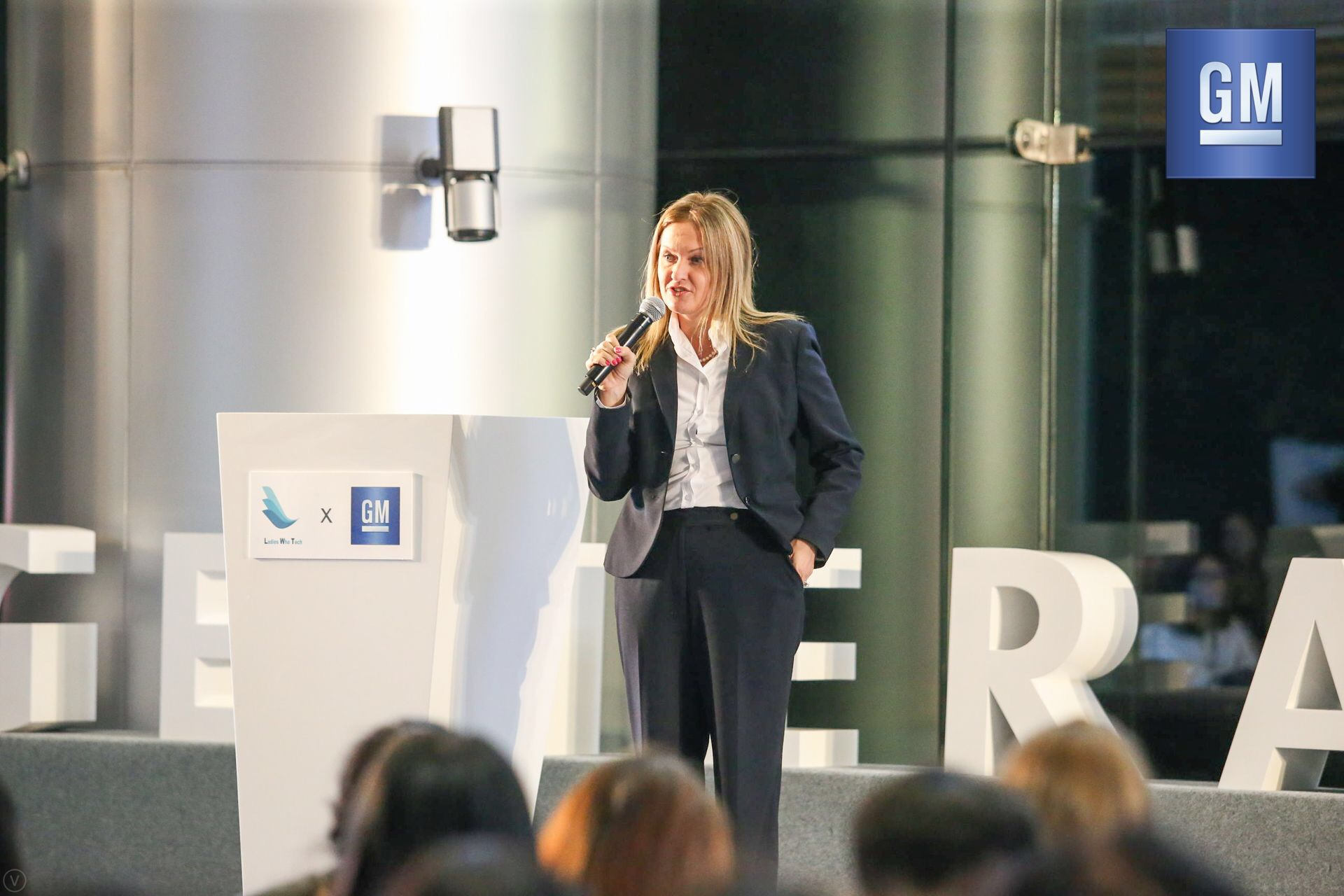 Lynn Longo  MD of Shanghai OnStar, Deputy General Director of Connected Consumer Experience at SAIC-GM