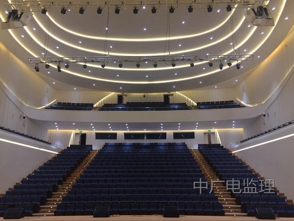 惠州广播电视传媒集团新闻中心演播厅声学装修及灯光系统集成工程