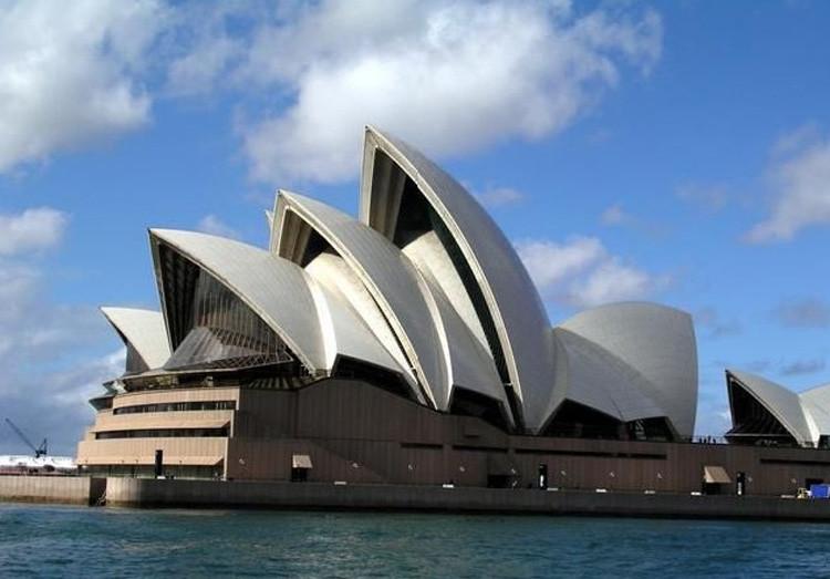 建筑手绘--悉尼歌剧院
