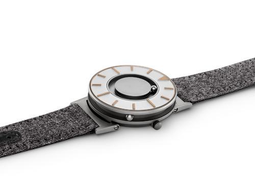 EONE 指南针系列 BR-COM-GOLD 金色帆布带 触感设计腕表