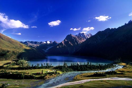 川藏南线+稻城亚丁+羊湖11日游或加青藏线20日游