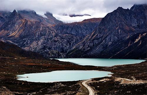 川藏南线、丹巴藏寨经典线路8日游
