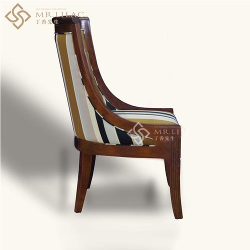 作曲家-写字椅